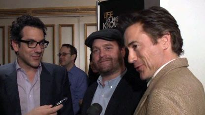 Robert Downey Jr., Zach Galifianakis and Director Todd Phillips (1).jpg