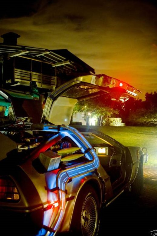 Back to the Future Delorean Time Machine (2).jpg