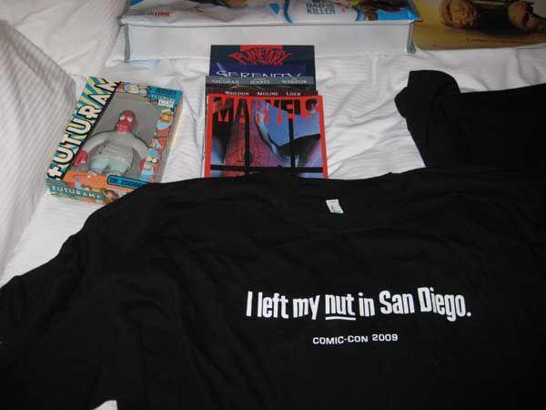 Comic-Con-2009-Merch-01.jpg