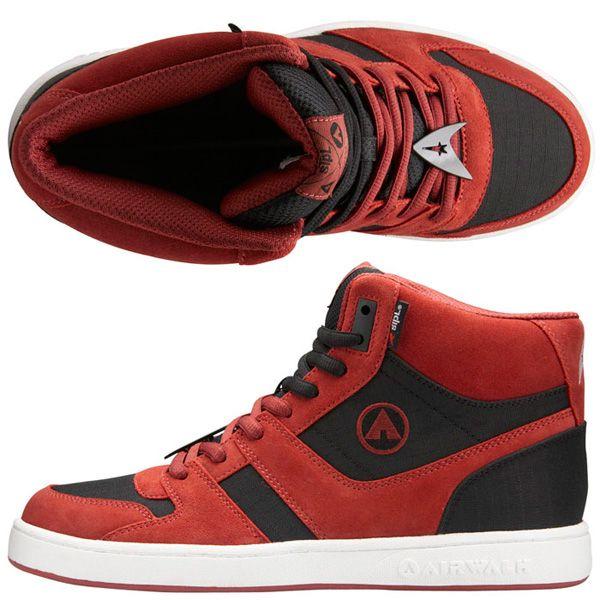 Star_Trek_sneakers.jpg