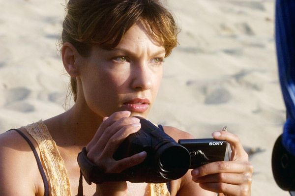 A Perfect Getaway movie image Milla Jovovich (1).jpg