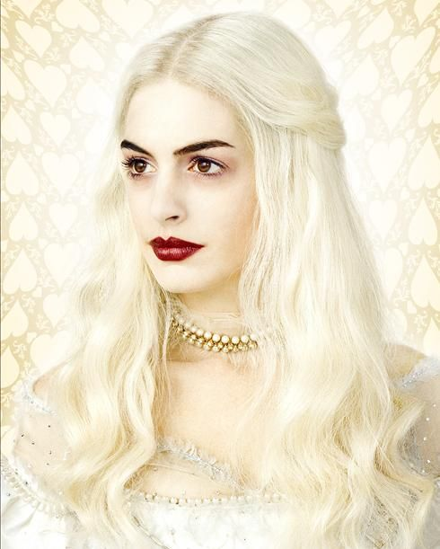 alice_in_wonderland_anne_hathaway_white_queen_image_01.jpg