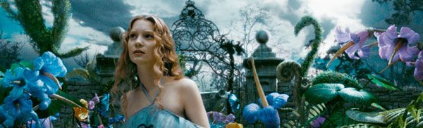 Mia Wasikowska in Tim Burtons Alice in Wonderland (1).jpg