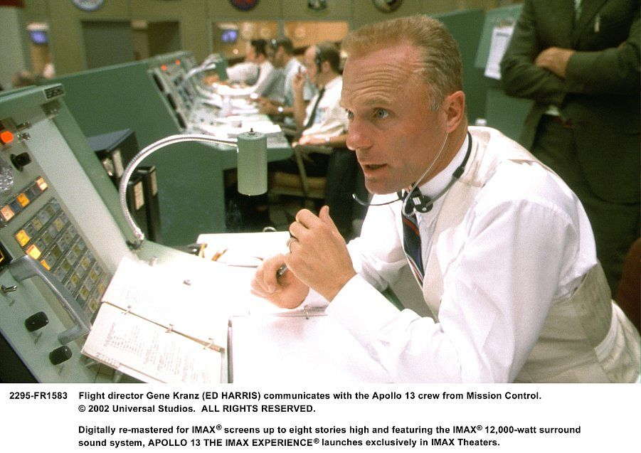 Apollo 13 movie image Tom Hanks (1).jpg