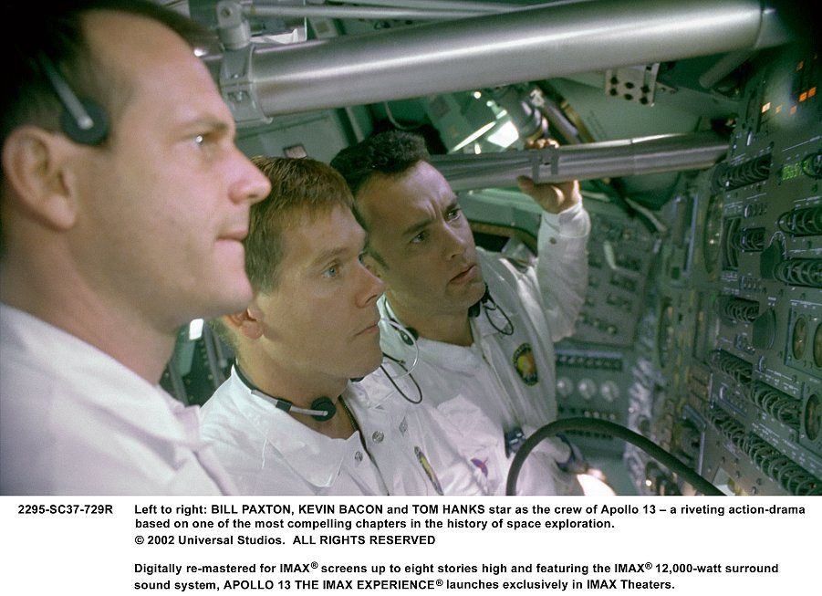 Apollo 13 movie image Tom Hanks (3).jpg