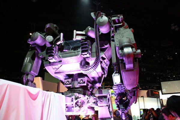 Avatar James Cameron  heavy equipment from E3 2009 (3).jpg