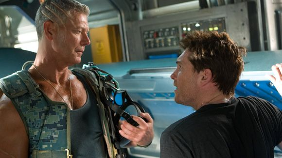 avatar_james_cameron_movie_image_stephen_lang_sam_worthington_01.jpg