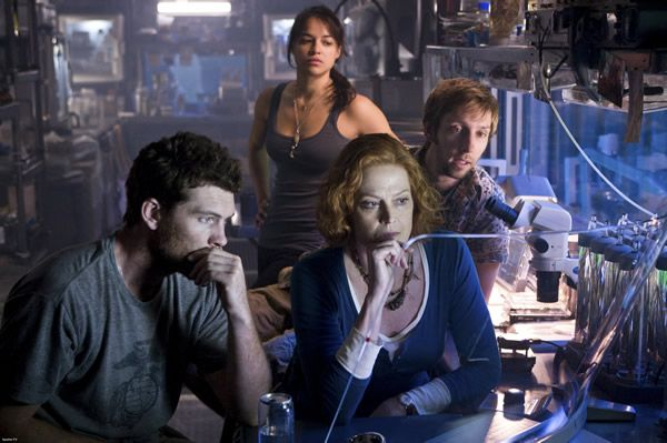 avatar_movie_image_sam_worthington_sigourney_weaver_michelle_rodriguez_01.jpg