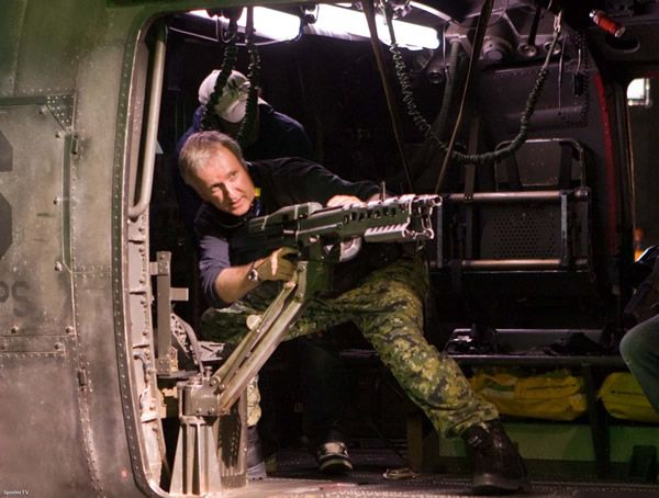 avatar_set_photo_james_cameron_01.jpg