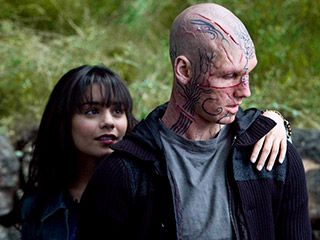 beastly_movie_image_vanessa_hudgens_alex_pettyfer_01.jpg