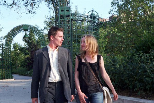 before_sunset_movie_image_ethan_hawke_julie_deply_01.jpg