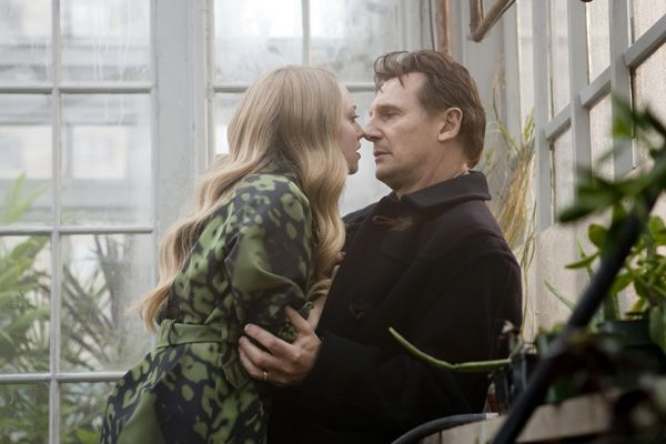 Chloe movie image Liam Neeson and Amanda Seyfried.jpg