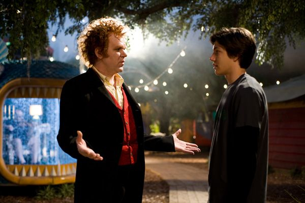 Cirque Du Freak The Vampires Assistant movie image John C. Reilly and Josh Hutcherson (1).jpg