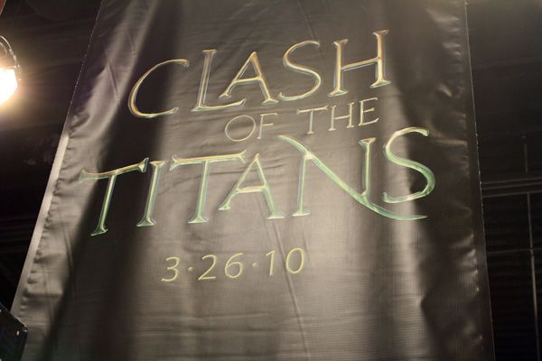 [Image: Clash%20of%20the%20Titans%20movie%20poster.jpg]