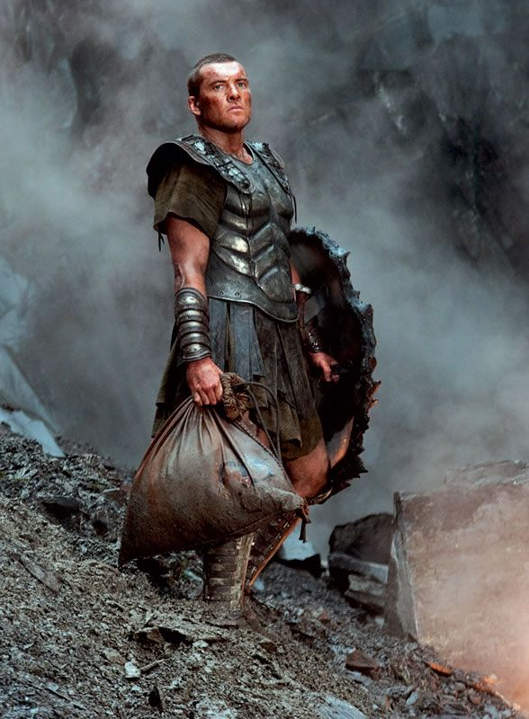 http://www.collider.com/wp-content/image-base/Movies/C/Clash_of_the_Titans/movie_images/clash_of_the_titans_sam_worthington_01.jpg