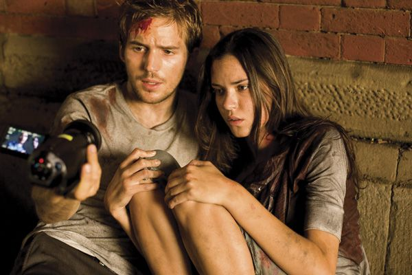 cloverfield_movie_image_michael_stahl-david_and_odette_yustman.jpg