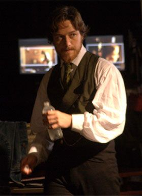 conspirator_set_photo_james_mcavoy_01.jpg