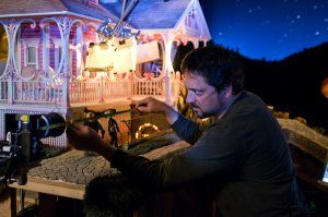 bts142___assistant_cameraman_mike_gerzevitz_-_coraline_movie_image.jpg