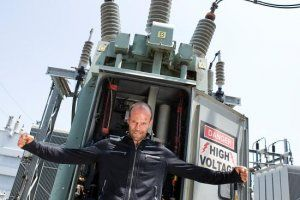 crank_high_voltage_movie_image__9_.jpg