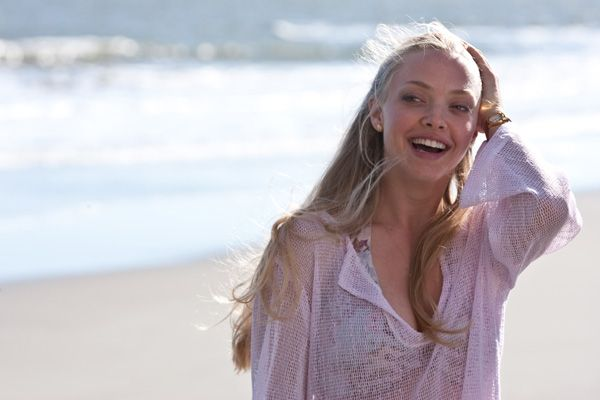 Dear John movie image Amanda Seyfried  (4).jpg