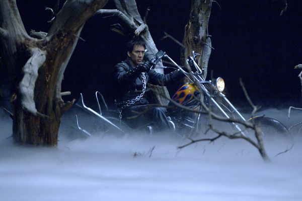 ghost_rider_movie_image_nick_cage__2_.jpg