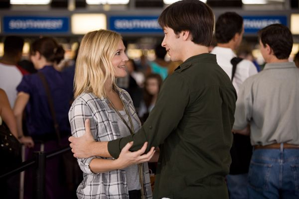 Going the Distance movie image DREW BARRYMORE and JUSTIN LONG.jpg