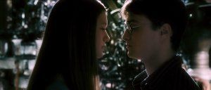 bonnie_wright_as_ginny_weasley_and_daniel_radcliffe_as_harry_potter_-_harry_potter_and_the_half_blood_prince_movie_image.jpg