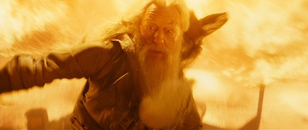 harry_potter_and_the_half-blood_prince_movie_image_michael_gambon_as_albus_dumbledore 2.jpg