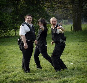 hot_fuzz_movie_image_simon_pegg__nick_frost_and_edgar_wright.jpg