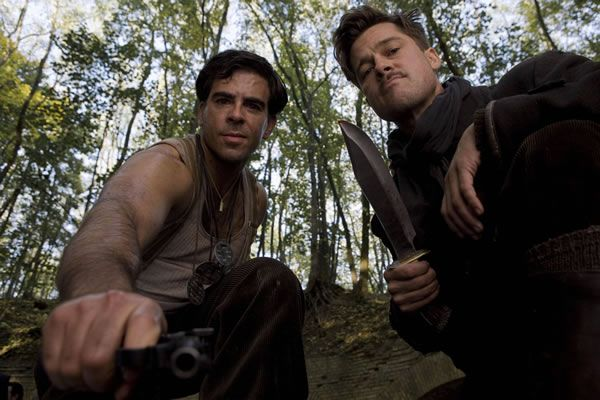 inglourious_basterds_movie_image_eli_roth_brad_pitt_01.jpg