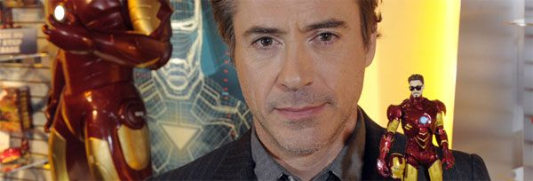 Robert Downey Jr with Iron Man 2 toys at Toy Fair 2010 slice.jpg