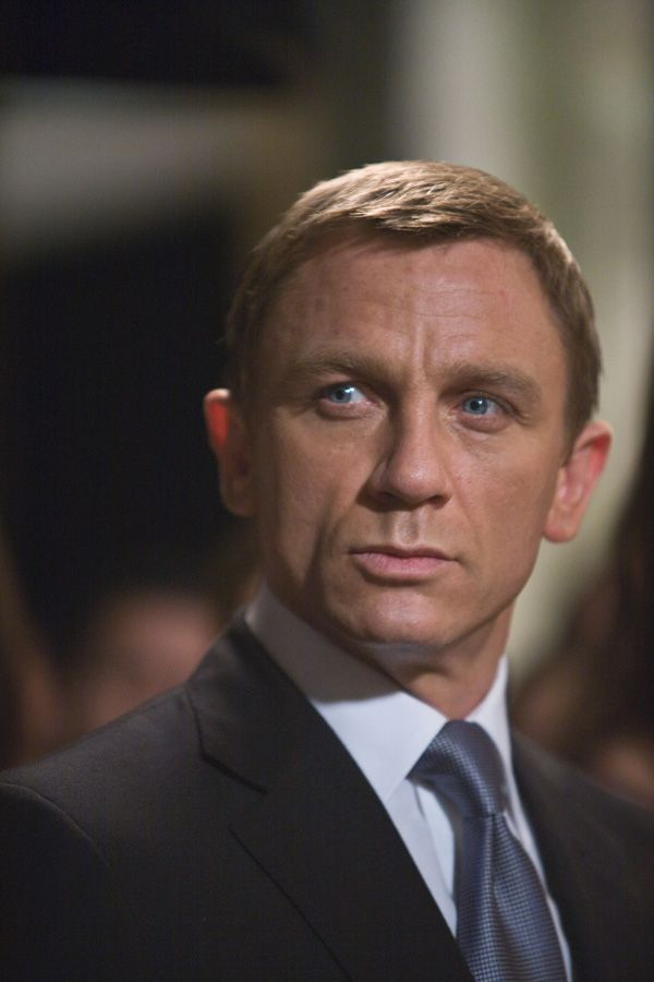 daniel_craig_james_bond_quantum_of_solace_movie_image__3_.jpg