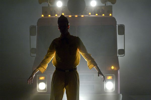 legion_movie_image_ice_cream_truck_sillouette_01.jpg