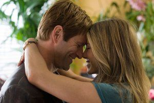 Love Happens movie image Aaron Eckhart and Jennifer Aniston.jpg