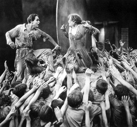 metropolis movie analysis Metropolis (an analysis)  in an analytical proposition which suggests that the script of the movie draws primarily on judeo-christian  in metropolis,.