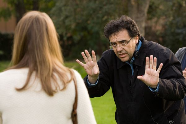 Writer-Director Rodrigo Garcia on the set of MOTHER AND CHILD.jpg