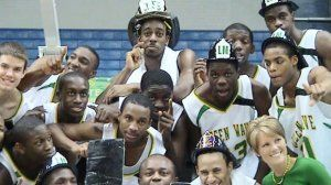 summerville_high_basketball_team_louis_mulkey.jpg