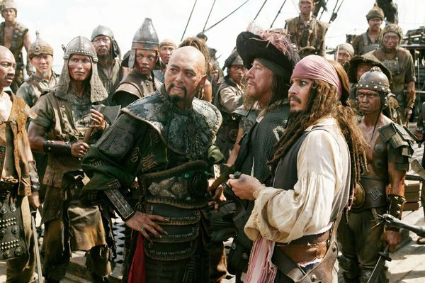 captain_sao_fang__captain_barbossa_and_captain_jack_sparrow_pirates_3.jpg