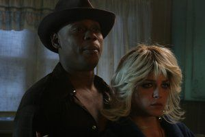 TPH_Bokeem Woodbine and Selma Blair in kitchen.jpg
