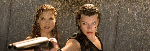 Resident Evil Afterlife movie image Milla Jovovich slice (1).jpg