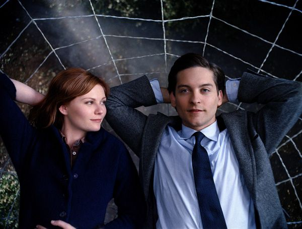 spiderman_3_movie_image_kirsten_dunst_and_tobey_maguire.jpg