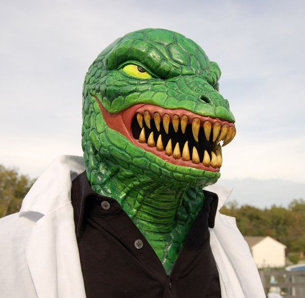 lizard_fake_costume_01.jpg