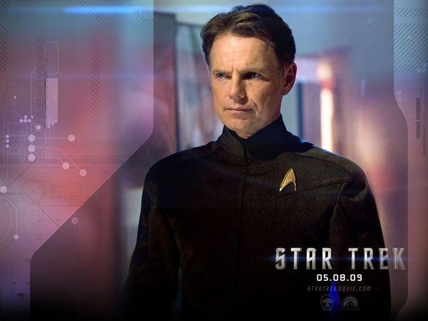 bruce_greenwood_as_captain_christopher_pike_01.jpg