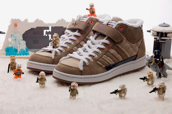 wear_this_star_wars_adidas_sneakers_01.jpeg