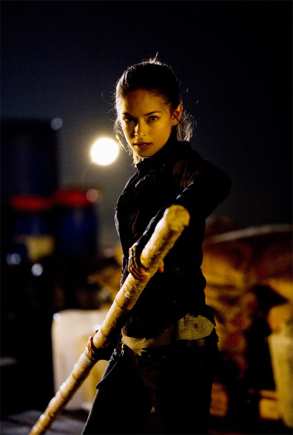 street_fighter_the_legend_of_chun_li_movie_image_kristin_kreuk__1_.jpg