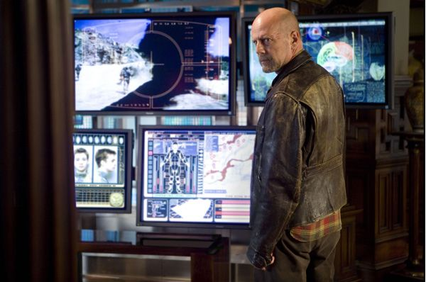 Surrogates movie image Bruce Willis (1).jpg