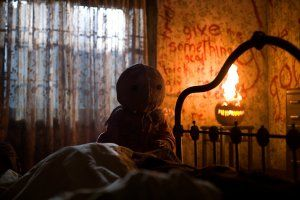 trick__r_treat_movie_image__19_.jpg