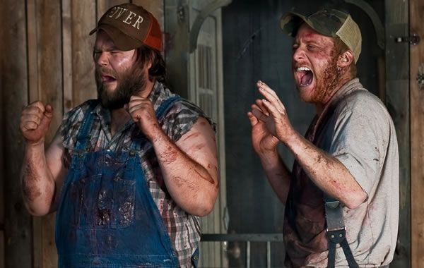 dale_tucker_vs_evil_movie_image_alan_tudyk_tyler_labine_02.jpg