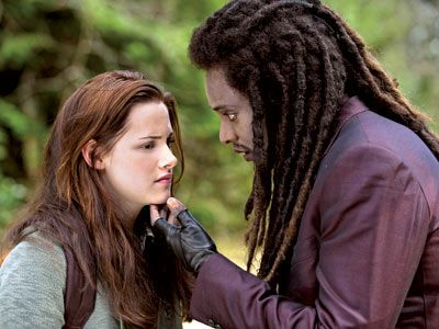 Edi Gathegi and Kristen Stewart Twilight New Moon movie image.jpg