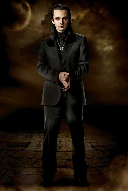 Michael Sheen as Aro, leader of the Volturi, in The Twilight Saga New Moon.jpg